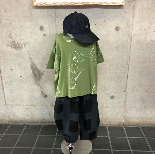 こだわりのフェイスプリントとカラーが魅力♡ folk made(フォークメイド)のTシャツ☆★